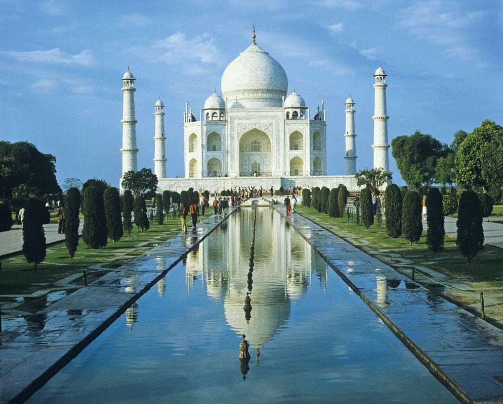 Lăng mộ Tāj Mahal ở Agra, Ấn Độ.